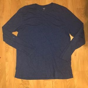 Long sleeve blue Old Navy T-shirt